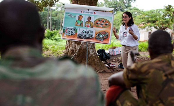 Humanitarian Law dissemination session to members of the Central African Armed Forces. (Photo: ICRC)